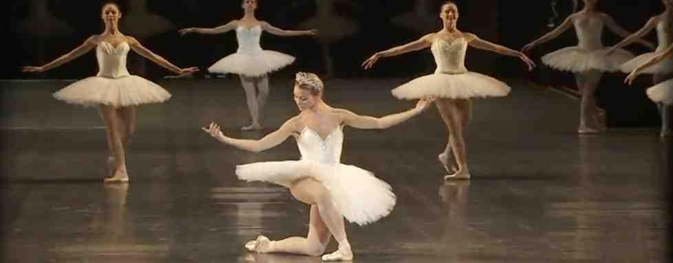 Comment fait-on une pirouette en danse classique?