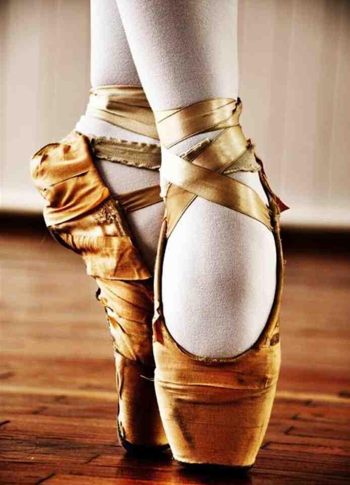 Quelles sont les différences avec les pointes en danse classique?