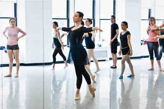 Comment commencer la danse classique ?
