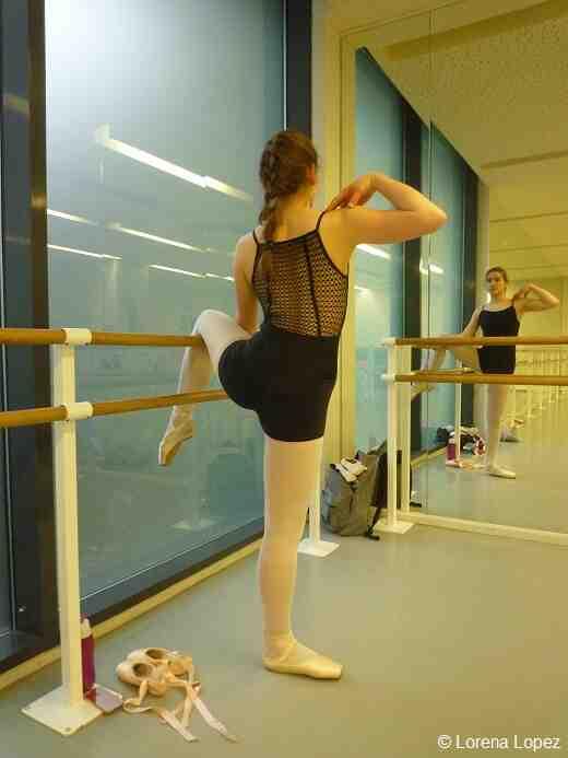 Comment faire une attitude danse ?