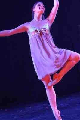 Comment le ballet commence-t-il bien?